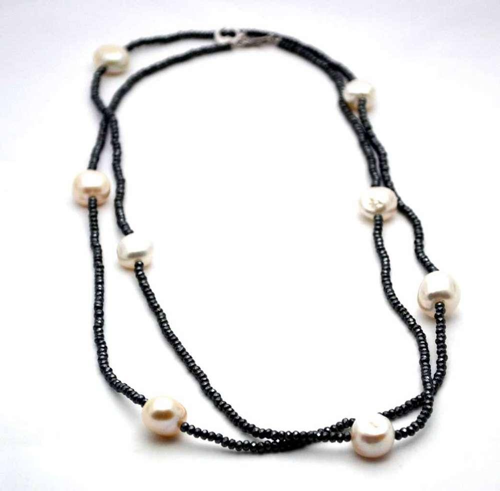 354e96dc70e1fa LE LUNE GLAMOUR Collana di ematite e perle barocche
