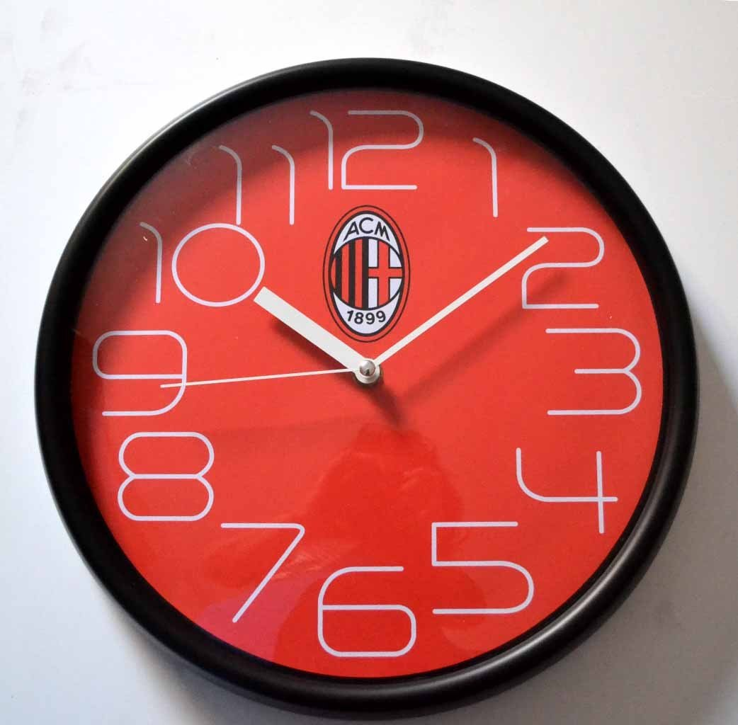Wall clock Milan